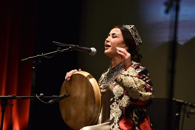 Usbekist pärit eksootilise trio kontsert-jääb ära